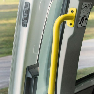 far-transit-minibus-full-gallery-interior-overlay-06